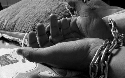 Il ruolo delle organizzazioni criminali nel traffico di esseri umani dall'Africa all'Europa. Il caso delle mafie nigeriane.